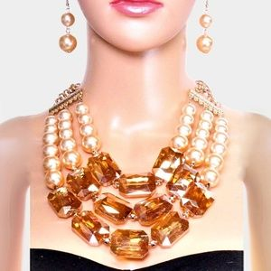 Cream Pearl Topaz Stone Triple Strand Necklace Set